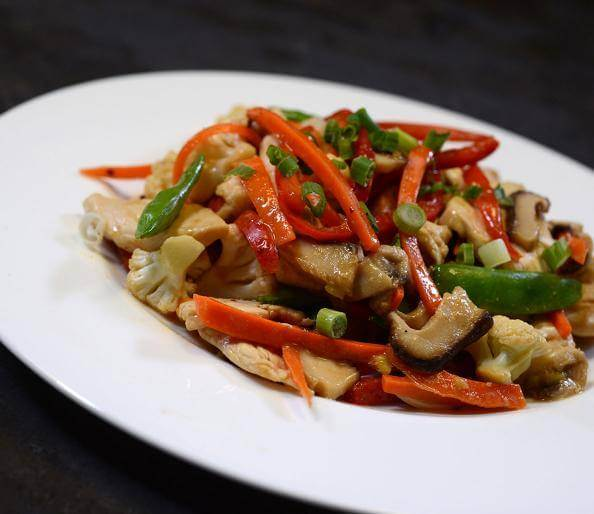 10 Insanely Hot (Healthy) Recipes to Help You Lose Weight – Chicken Stir Fry