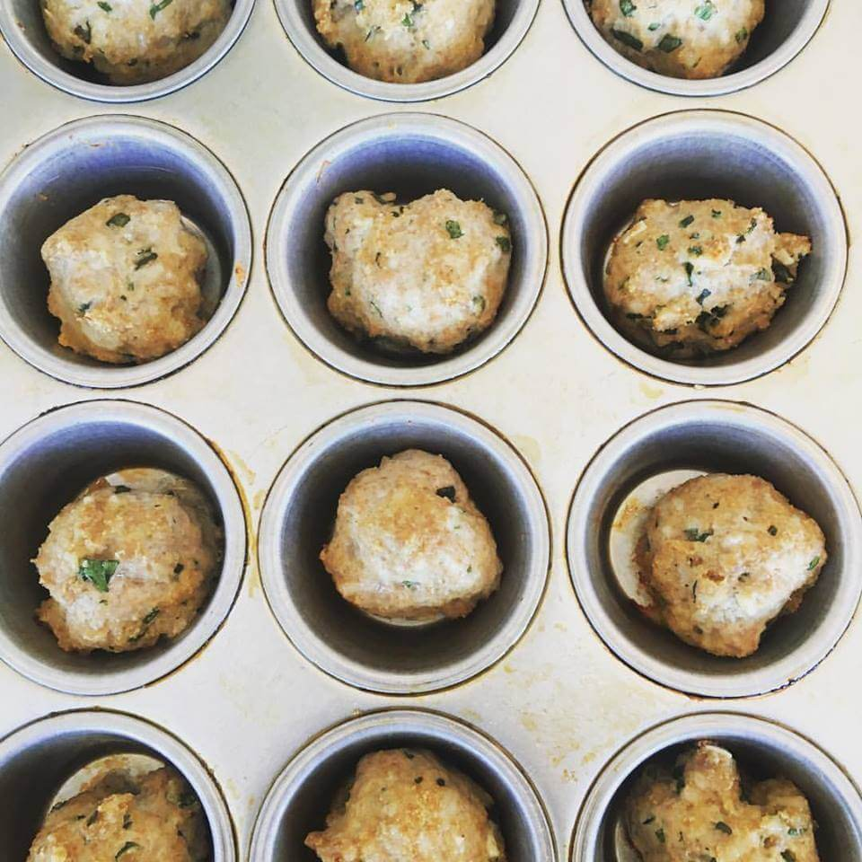 Weekly Recipe Round-Up: Meatballs in a Muffin Tin