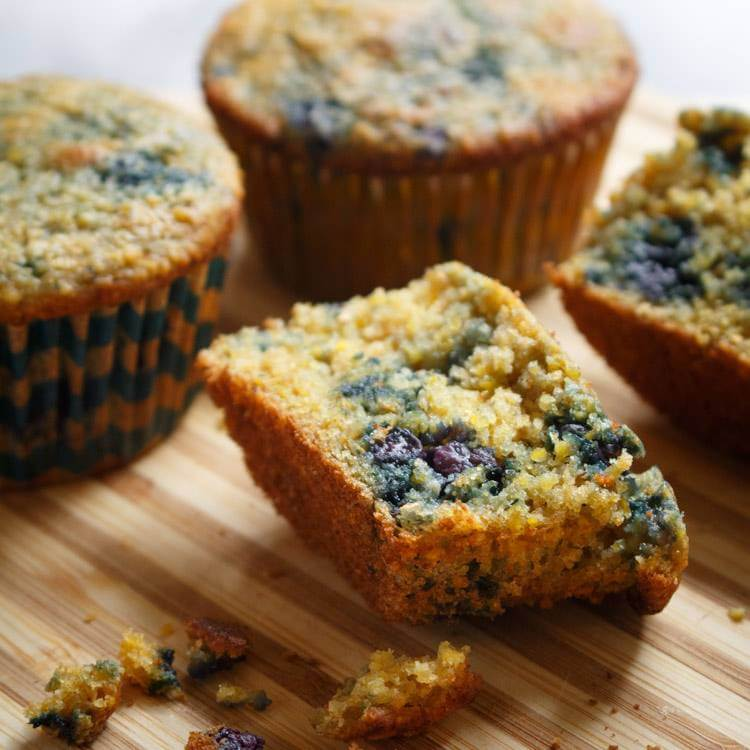 Weekly Recipe Round-Up: Blueberry Corn Muffins