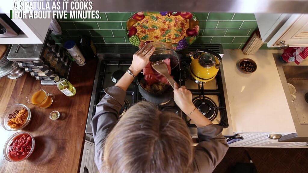 Pumpkin Turkey Chili – Recipe and Video