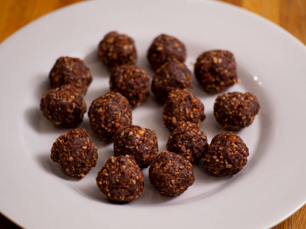 Thumbnail, Over Head, Coconut Energy Balls with Cordyceps